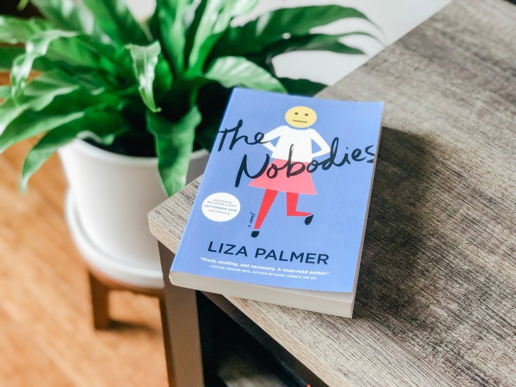 The Nobodies, Liza Palmer